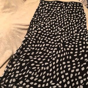 Cato black with white maxi skirt